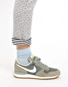 official photos b94ed aa0e9 Grey Trainers, Best Sneakers, Sneakers Fashion, Sneakers Nike, La Chic,