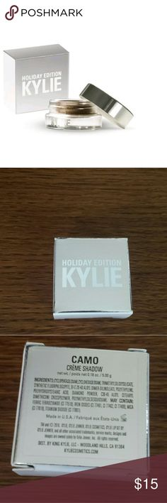 Kylie Jenner Holiday Edition Camo Eyeshadow This is 100% authentic and brand new in package! Kylie Cosmetics Makeup Eyeshadow