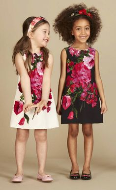Discover the new Dolce & Gabbana Children Girl Collection for Fall Winter 2016 2017 and get inspired. Little Girl Fashion, Fashion Kids, Fashion Black, Little Girl Dresses, Girls Dresses, Dolce And Gabbana Kids, Baby Kind, Stylish Kids, Crepe Dress