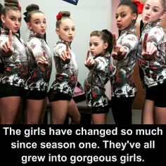 The girls! L to R : Kalani, Kendall, Maddie, Mackenzie, Nia & Chloe :) Dance Moms Facts, Dance Moms Dancers, Dance Mums, Dance Moms Girls, Kendall Vertes, Mackenzie Ziegler, Maddie Ziegler, Dance Moms Confessions, Famous Dancers