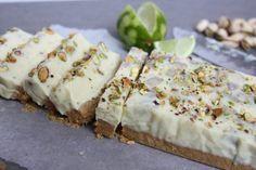 Witte chocolade fudge met pistachenoten en limoen