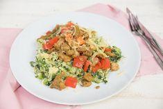 Andijviestamppot met shoarma Pasta Salad, Cobb Salad, No Cook Meals, A Food, Spaghetti, Favorite Recipes, Ethnic Recipes, Diners, Dutch