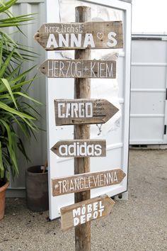 #möbeldepot#stadbiotop#pop upcontainertown#trianglevienna#superdry #mosound Food Design, Superdry, Pop Up, Triangle, Container, Shops, Architecture, Home Decor, Arquitetura