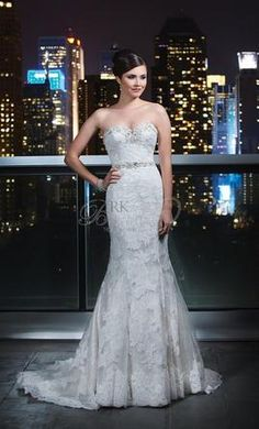 Justin Alexander 9720: buy this dress for a fraction of the salon price on PreOwnedWeddingDresses.com