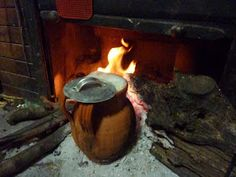 the pot with beans Bio Food, Outdoor Decor, Terracotta, Home Decor, Beans, Google, Chilean Food, Pictures, Viajes