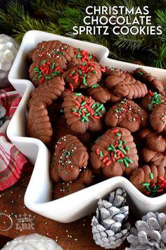 Holiday Snacks, Christmas Desserts, Christmas Treats, Christmas Cookies, Christmas Recipes, Christmas Pretzels, Christmas Neighbor, Neighbor Gifts, Fall Recipes