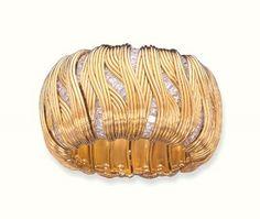 AN 18K GOLD AND DIAMOND BANGLE, BY MATTHEW CAMBERY Price realised CHF 155,350 Estimate CHF 85,000 - CHF 120,000