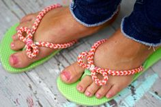 maybe I need a rainbow loom - awesome flip flop makeover