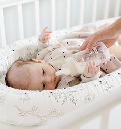 V útulnom hniezdočku aj mliečko lepšie chutí. 😍... #Sleepee #sladkyspanok #canpolbabies #novakolekcia #bonjourparis #chystamvybavicku #vybavicka #vybavickaprebabatko #hniezdo #mantinel #sleepee #prebabatko #detskaizba #detskyobchod #obchodpredeti #babyshop #kidilove #kidilovesk Bassinet, Toddler Bed, Furniture, Instagram, Home Decor, Child Bed, Crib, Decoration Home, Room Decor