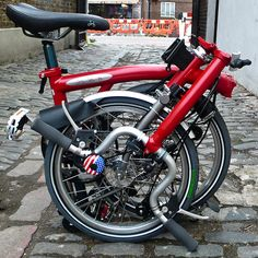 Divertido video producido por Rapid Transit, una tienda local de bicicletas en el barrio de Wicker Park de Chicago y minorista exclusivo de la bicicleta pl