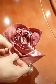 Creative ideas about diy and decor. Folding napkins and paper flowers Diy Home Crafts, Diy Arts And Crafts, Creative Crafts, Crafts For Kids, Creative Video, Paper Flowers Diy, Sewing Hacks, Handmade, Paper Napkin Folding