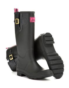 Joules Womens Matt Rain Boot Wellies, Black.                     A must for wet weather, our new wellies are perfect for mucking out and mucking about. When the sky looks a little cloudy, look no further than these classic wellies.