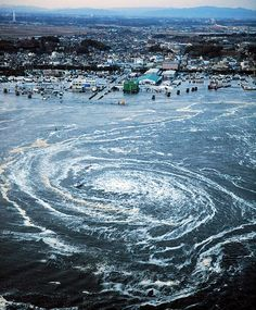 That is incredibly spectacular & frightening. March 11, 2011 - A whirlpool near Oarai City, Ibaraki Prefecture, northeastern Japan, https://stargate2freedom.wordpress.com/2016/05/03/cruelty-to-animals-is-a-fact/