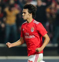 João Félix, SL Benfica Football Love, Football Players, Benfica Wallpaper, Soccer Stars, Real Madrid, The Magicians, Portugal, Polo Ralph Lauren, Happiness