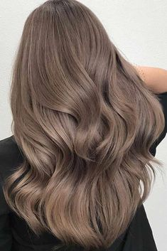 Trendy Winter Hair Color Ideas - Summer to fall and about to entry into winter,. - Trendy Winter Hair Color Ideas – Summer to fall and about to entry into winter, switching up you - Ash Brown Hair Color, Dark Blonde Hair Color, Blonde Hair With Highlights, Brown Blonde Hair, Ombre Hair Color, Cool Brown Hair, Light Ash Brown Hair, Light Brown Hair Colors, Light Blonde