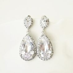Timeless Classic, Classic Looks, Bridal Earrings, Drop Earrings, Old Hollywood, Plating, Copper, Sparkle, Glamour