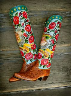 Custom LA REYNA tall top with tooled saddle tan vamps, Rocket Buster. I would sell a kidney for these Custom Cowboy Boots, Custom Boots, Cowgirl Boots, Cowboy Hats, Cowgirl Chic, Cowgirl Style, Cowgirl Fashion, Western Style, Boho Fashion