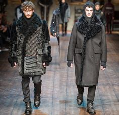 Dolce & Gabbana 2014-2015 Fall Autumn Winter Mens Runway Looks Fashion - Milano Moda Uomo Milan Fashion Week - Camera Nazionale della Moda Italiana - Norman Kings Royalty Oversized Coats Crown Furry Embroidery Turtleneck Scarf Chunky Knits Knights Coif Hat Headwear Ornamental Print Motif Architecture Portraits