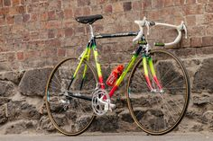 For Lemond fans, few models hold the same cult-classic appeal like the 1990 Team Z TVT Carbone race bikes. Made in France by TVT these aluminum and carbon machines were made famous by their bright flu...