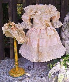 ~~~ Французский Романтичный Bebe Шелк костюмам с Bonnet ~~~