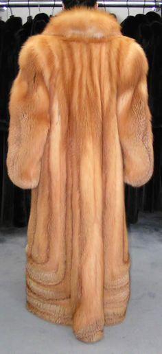 Fabulous Fox, Mens Fur, Fox Fur Coat, Fashion Guide, Red Fox, Fur Fashion, Goddesses, Style Guides, History