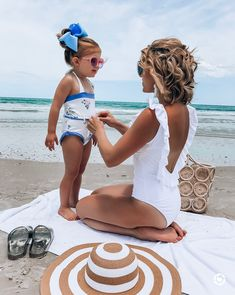 Are your kids ready for spring break? I've got all the top swimwear looks for kids. Click the pic to shop your faves. Short Outfits, Cool Outfits, Summer Outfits, Fashion Outfits, Summer Dresses, Beach Outfits, Grunge Outfits, Ruffle Swimsuit, Preppy Swimsuit