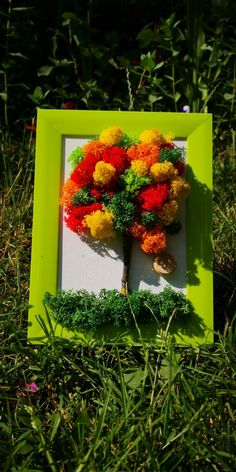 Moss Graffiti, 8 Martie, Moss Art, Handmade Home, Paper Flowers, Wreaths, Stone, Green, Projects