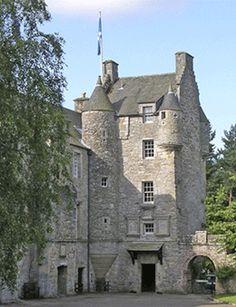 Ferniehirst Castle in Scotland (Kerr Clan Castle) - Family castle - Want to go