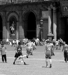scorci di vita #Napoli #PiazzaPlebiscito