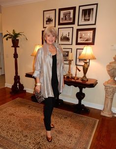 I'm always on the lookout for great fashion for women over 50, and today I'm sharing one of my favorites. Susan Street is the author of the popular Blog, Fifty Not Frumpy. Besides being incredibly beautiful and having a great sense of style, Susan is a poster child for mid-life reinvention. Here is a before …