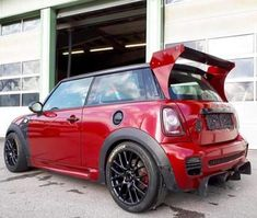 Mini Cooper Custom, Mini Usa, Morris Minor, Mini Coopers, Smart Car, Top Cars, Modified Cars, Wrx, Body Mods