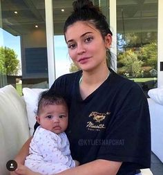 Kylie Jenner Nails 2017 Baby Pink (painted cheeks and N on lips lips - . - Kylie Jenner Nails 2017 Baby Pink (painted cheeks and N on lips lips – Kylie Jenner Nails 2017 Ba - Kyle Jenner, Style Kylie Jenner, Kendall Y Kylie Jenner, Kylie Jenner Outfits, Kylie Jenner Pregnant, Kylie Jenner Instagram, Ongles Kylie Jenner, Maquillage Kylie Jenner, Kardashian Family