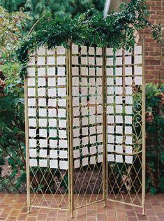ESCORT CARD IDEAS - Virginia Wedding with Type A Society || La Fleur du Jour Wedding Name, Chic Wedding, Autumn Wedding, Wedding Place Cards, Wedding Escort Card Ideas, Wedding 2017, Wedding Ideas, Wedding Inspiration, Wedding Decorations