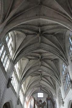St Martin-ès-Vignes. Troyes. Champagne