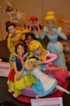 Disney Princess Cake… princesses acting crazy! Funny Birthday Cakes, Funny Cake, Crazy Birthday, Disney Birthday, Birthday Gifts, Crazy Cakes, Beautiful Cakes, Amazing Cakes, Funny Princess