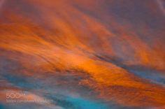 tramonto.jpg - Pinned by Mak Khalaf Abstract arancionebluecaldocielocirricolorifumoitalynaturanuvoleondaorangerossosolesuntramontocumonembi by mboriani