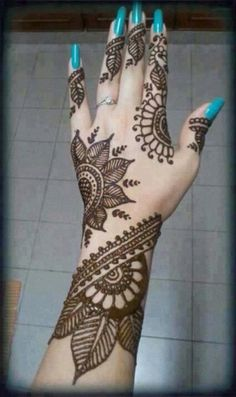 Pretty! I hope someone can do this on me!!