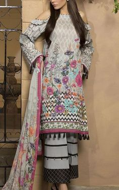 Online Indian and Pakistani dresses, Buy Pakistani shalwar kameez dresses and indian clothing. Pakistani Fashion Casual, Pakistani Dresses Casual, Pakistani Dress Design, Stylish Dresses For Girls, Girls Dresses, Pakistani Dresses Online, Kurta Designs Women, Dress Neck Designs, Kurti Designs Party Wear