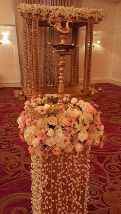 Festival Decorations, Flower Decorations, Wedding Decorations, Indian Lamps, Traditional Wedding Decor, Wedding Planning, Wedding Ideas, Asian Bridal, Ely