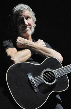 Pink Floyd Roger Waters, Pink Floyd Music, Best Oysters, Band Photography, Concert Stage, Jazz Musicians, Other People, The Beatles, Poses