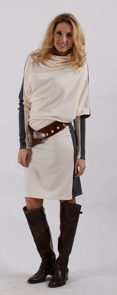 Asymetrické šaty s rolákem - šedosmetanové