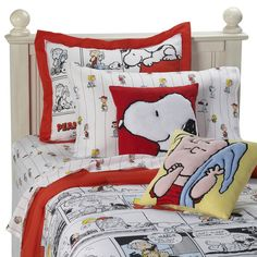 Peanuts Comic Strip Mini Comforter Set and Accessories - Bed Bath & Beyond If this came in Queen...I'd be all over it!