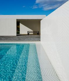 koivisto-rune-architects-parquet-patterned-pool-and-spa-sweden-designboom-02