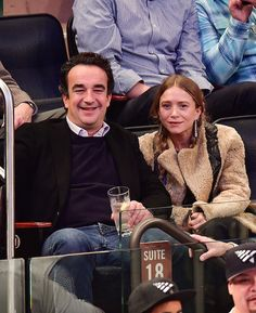 Olsens Anonymous Blog Fashion Mary Kate And Ashley Olsen Twins Style Olivier Sarkozy Basketball Game Pigtails Shearling Coat Drop Earrings