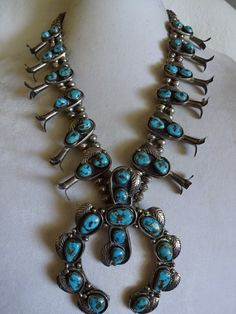 Superb Vintage NAVAJO Sterling Silver and MORENCI Turquoise SQUASH Blossom Necklace