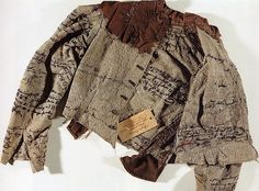 Agnes Richter, a patient in a mental asylum in Austria in the 1890's, spent her days embroidering text on to the jacket of her hospital uniform in attempts to record her life story.