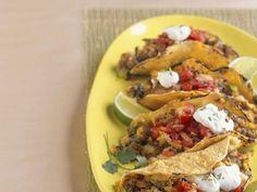Tacos mit Hackfleischfüllung ist ein Rezept mit frischen Zutaten aus der Kategorie Rind. Probieren Sie dieses und weitere Rezepte von EAT SMARTER!