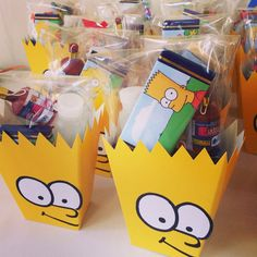 Handmade The Simpsons party favors The Simpsons Theme, Simpsons Cake, Simpsons Party, 1st Birthday Party Supplies, First Birthday Parties, Birthday Party Decorations, Diy Party, Party Favors, Owl 1st Birthdays