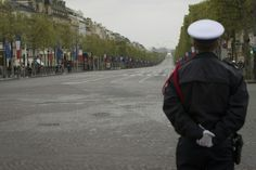 Champs-Elysees in Paris goes car-free on Sunday
