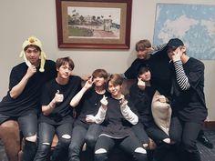 [#오늘의방탄] 다시 방탄이 올 때까지 이곳에 좀 더 머물러줘 Happy BTS Concert with our Wings, A.R.M.Y! #THEWINGSTOUR